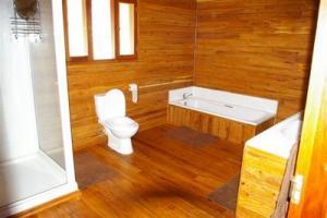 108 mainbathroom