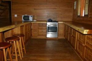 403 kitchen 3