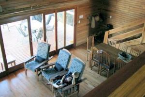 407 sittingroom